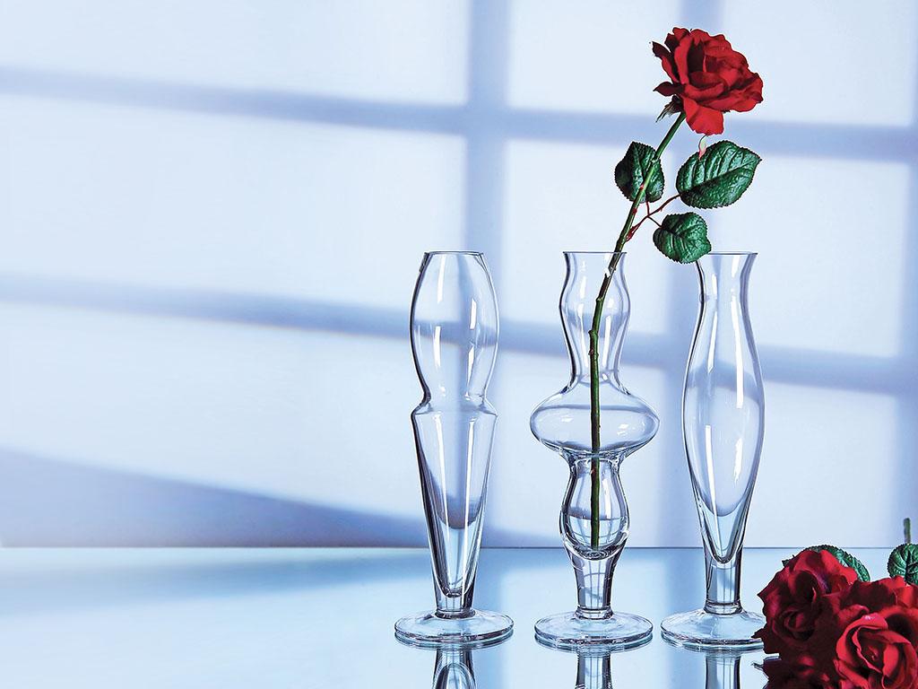 Çiçekli Vazo