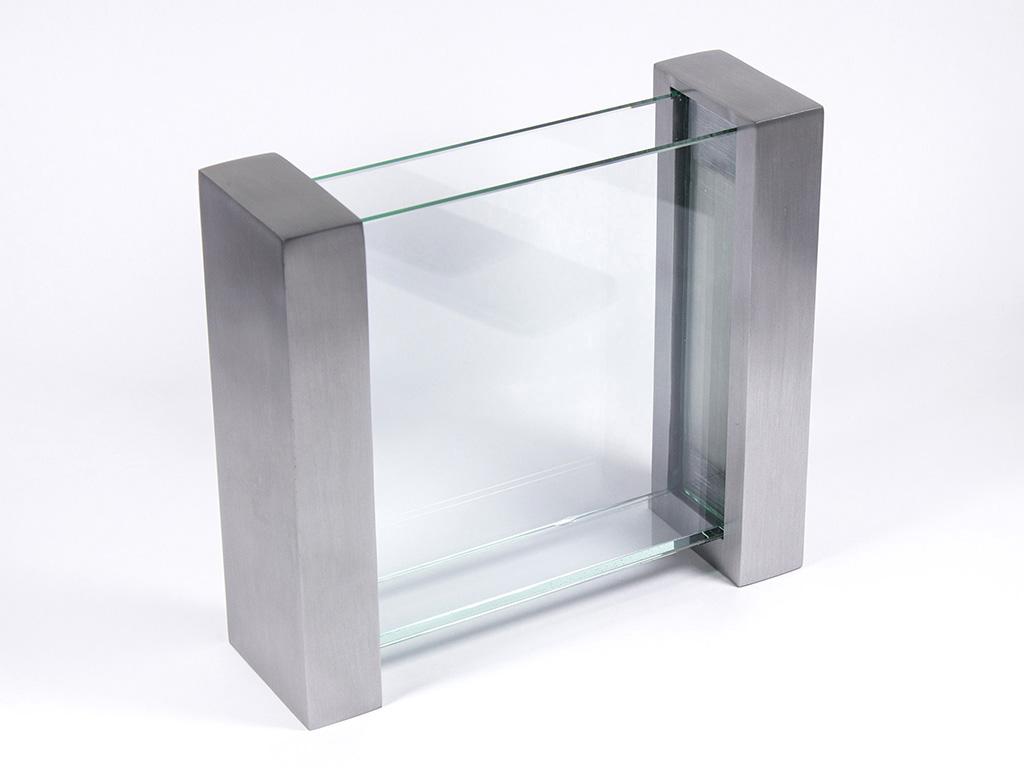 Metal Ayaklı Vazo